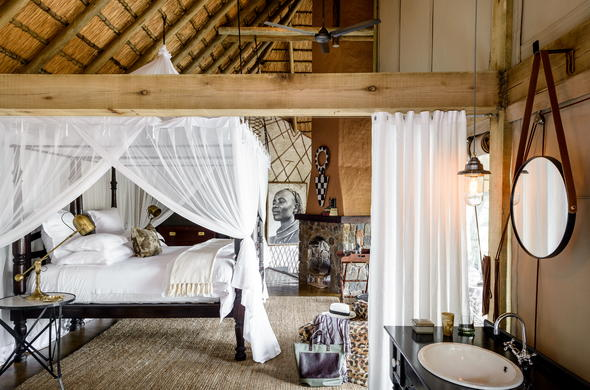 Suite at Singita Ebony Lodge.
